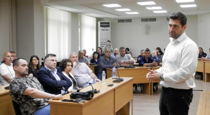 """Андрей Новаков: Ако тримата български евродепутати бяха участвали в гласуването на пакета """"Мобилност"""", днес щяхме да говорим за него в минало време"""