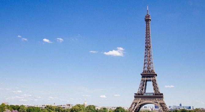 Евакуираха Айфеловата кула в Париж