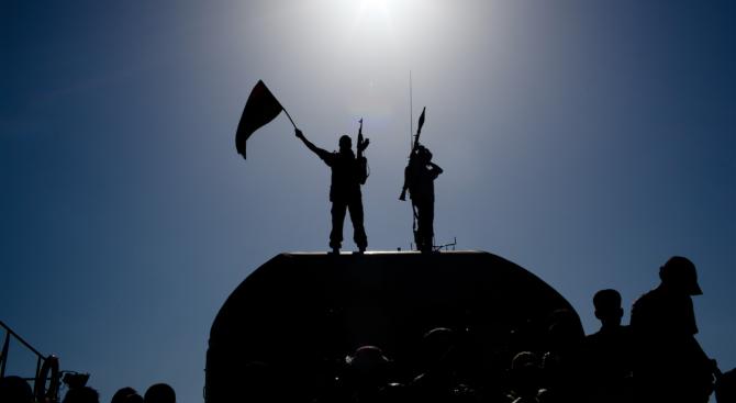 Въоръжена група прекъсна главен водопровод в Триполи