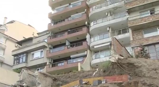 Опасен строеж застрашава съседни сгради в Созопол