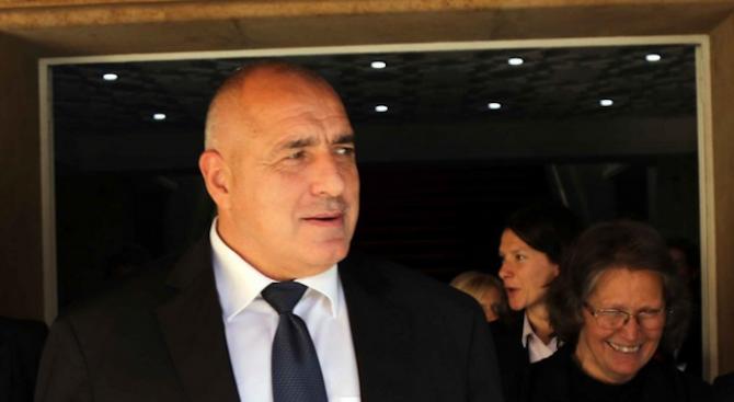 Министър-председателят Бойко Борисов е във Варна, където щеще посети новостроящия