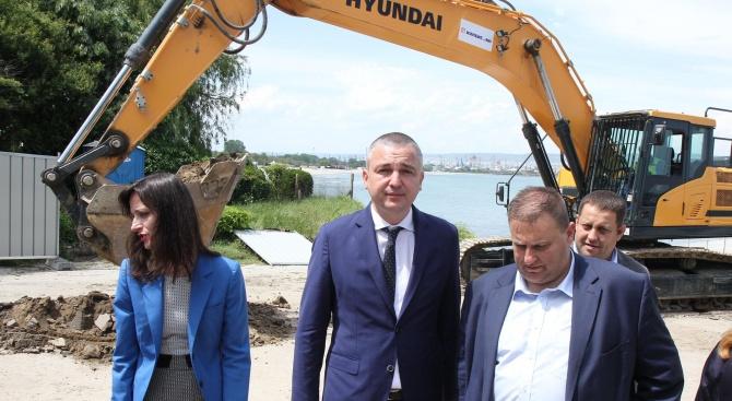 Кметът на Варна Иван Портних и водачът на листата на