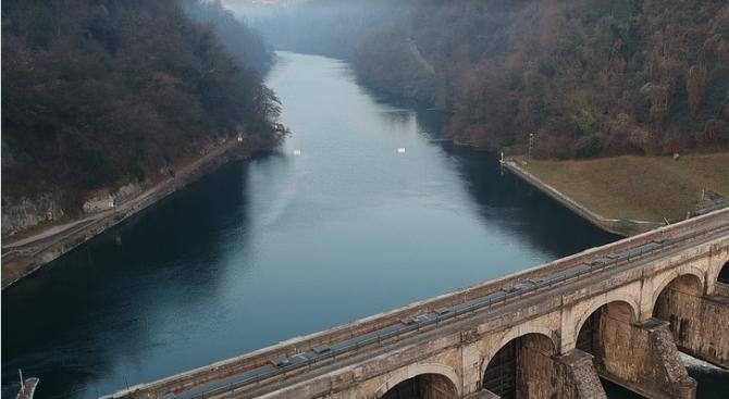 Експерти от Регионалната инспекция по околната среда и водите -