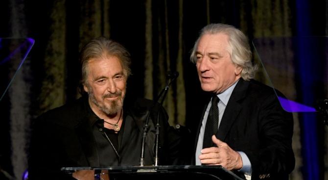 """Холивудският ас Робърт де Ниро връчи почетната награда """"Икона на"""
