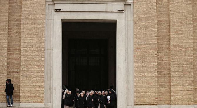 Възрастна монахиня от френско-испански произход беше намерена убита в село