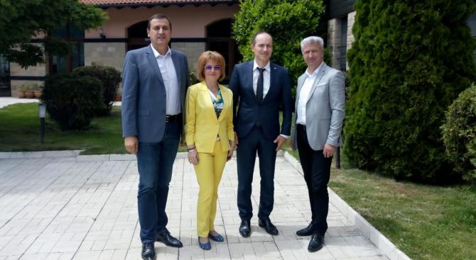 """""""На България й трябва ефективна Европа, която да пази границите,"""