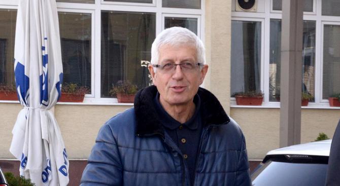 Започва делото срещу бившия енергиен министър Румен Овчаров, информира БНТ.