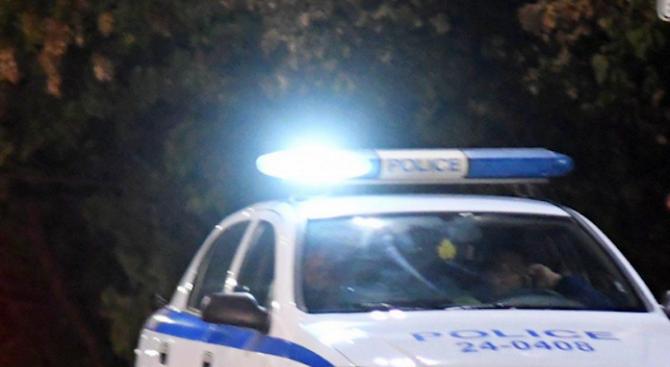 След скандал: Пиян мъж преби дядо в сливенско село