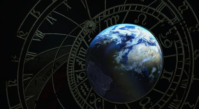 Луната е в знак Водолей до 09:09ч на 26 май.