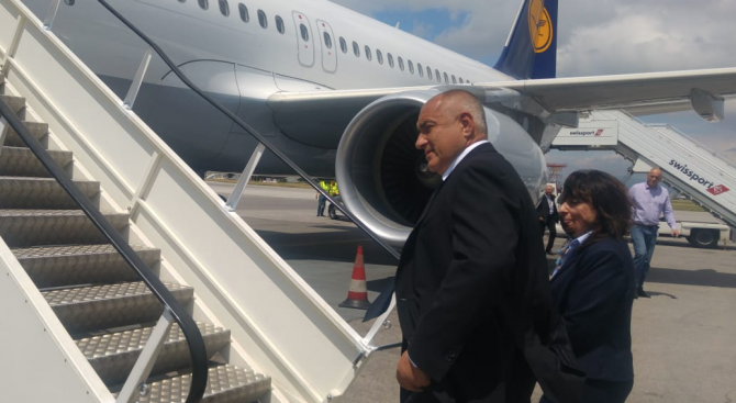 Премиерът Бойко Борисов отлетя за Мюнхен. Тази вечер Борисов ще