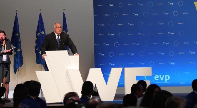 Европа винаги е била дясна и разумът ще надделее. Да