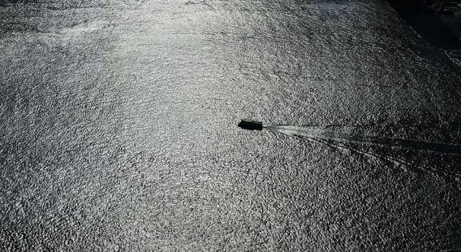 Кораб се обърна в Китай. Загинаха хора