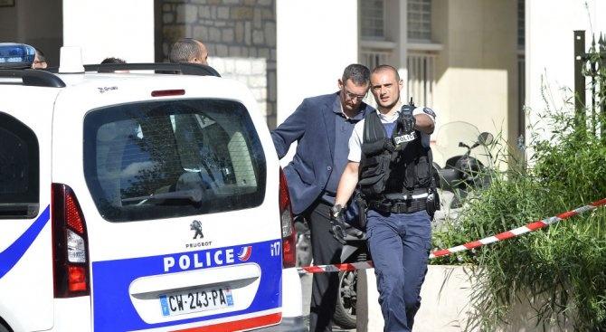 Полицията издирва заподозрян за взрива в Лион