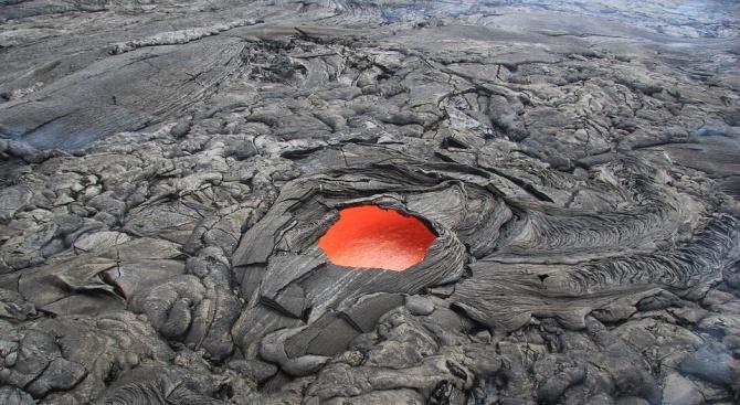 Откриха един от най-големите подводни вулкани на Земята