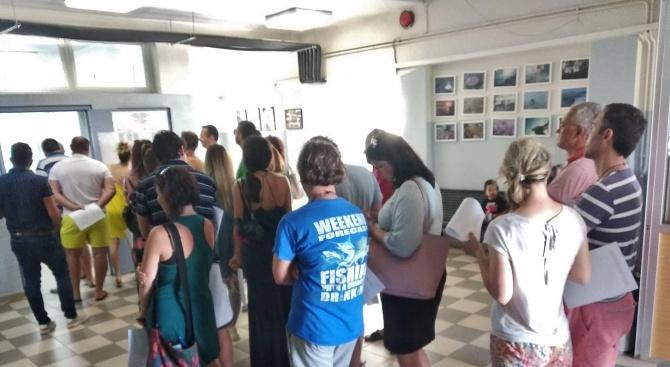 Допълнителен брой бюлетини бяха пренасочени за избирателни секции в Гърция