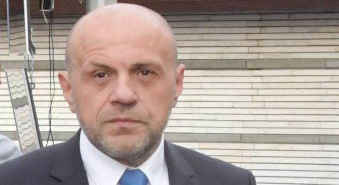 Томислав Дончев: Избирателната активносте ниска заради хубавото време и почивните дни