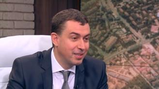 Арх. Здравко Здравков: В София никой не премахва принудително климатици