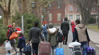Германия дала 23 млрд. евро за бежанци и мерки срещу миграцията през 2018-а