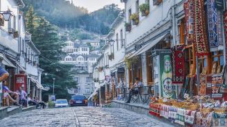 Косово спасява албанската икономика