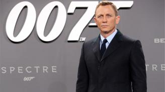 Филмът за Джеймс Бонд ще има координатор на секс сцените