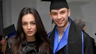Задържаха сина на Аня Пенчева заради побой