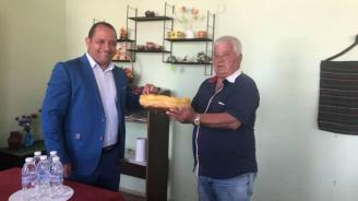 Кмет от БСП подкрепи кандидата на ГЕРБ за евродепутат Младен Шишков