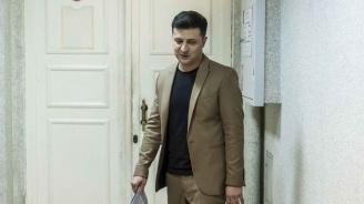 Украинският президент ще трябва да се произнесе за своята оставка