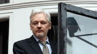 САЩ повдигнаха нови 17 обвинения срещу Асандж