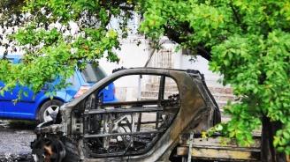 """Опожариха автомобил в бургаския комплекс """"Изгрев"""""""