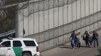 Съдия блокира проекта на Тръмп за изграждане на стена с Мексико