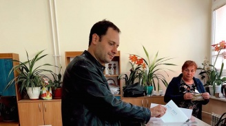 Петър Витанов: Гласувах за перспектива за децата ни и за достоен живот на родителите ни