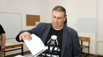 Емил Радев:  Гласувах за Европа без двойни стандарти