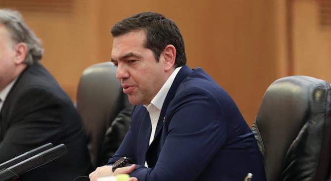Гръцкият премиер Алексис Ципрас каза, че ще свика предсрочни избори