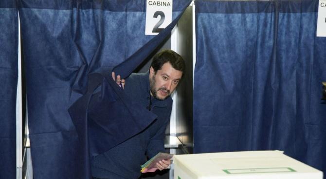 """Крайнодясната партия """"Лига"""" води на изборите за Европейски парламент в"""