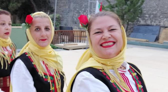 Вицепремиерът и министър на външните работи Екатерина Захариева поздрави българската