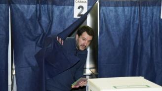 """""""Лигата"""" на Матео Салвини води на евроизборите в Италия"""