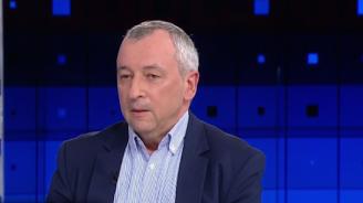 Георги Пирински поиска оставката на Корнелия Нинова