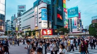 Трима убити и 19 ранени при нападение с нож на автобусна спирка до Токио