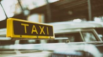 """""""Таен клиент"""" на НАП запечата такси в Русе"""