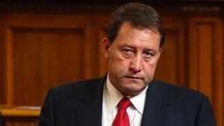 Ангел Найденов: За Нинова прекият избор на председател е коз, с който може да цака БСП