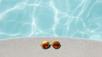20 плувни басейна е затворила СРЗИ за година и половина