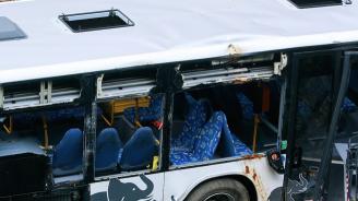 Автобус излетя от пътя между селата Арчар и Ботево