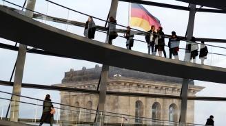 Германската безработица нараства през май