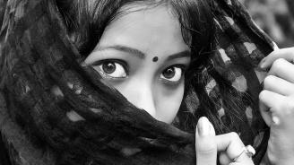 Бангладеш обвини 16 души за шокиращото убийство на Рафи