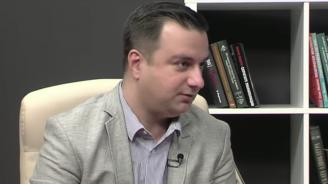 """Политолог за оставката на Цветанов: Епизод от сериала """"Гущерът си къса опашката"""""""