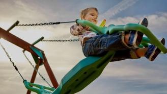 2-годишно дете пострада на детска площадка в Благоевград