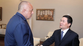 Бойко Борисов се срещна с посланика на Китай Дун Сяодзюн