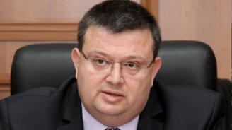 Цацаров внесе искане до ВКС за възобновяване на делото по убийството на Ангел Димитров