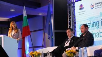 Ангелкова: Прогнозират 40% ръст в туризма в страната за следващите 10 години