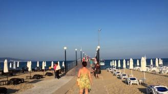 """Централният плаж в Слънчев бряг откри сезона със """"Син флаг"""""""